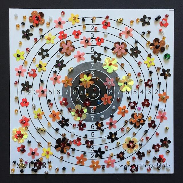 Zielscheibe mit Blüten, 14x14 cm, 2017, (c) Doreen Trittel