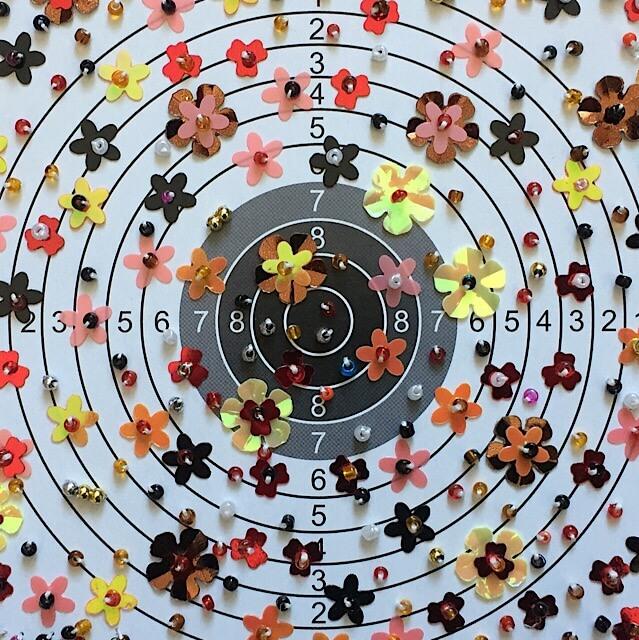 """Ausschnitt meiner aktuellen Werkgruppe mit dem Titel """"Schießen für den Frieden"""", (c) hehocra"""