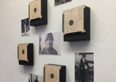 Schießen für den Frieden, Teil 1, Installation, ca. 80 x 80 cm, 2017, (c) Doreen Trittel