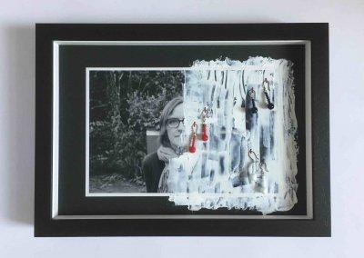 Die Ketten meiner Oma, Teil 1, Nr. 3 von 3, 33 x 24 x 4 cm incl. Objektrahmung, 2018, (c) Doreen Trittel