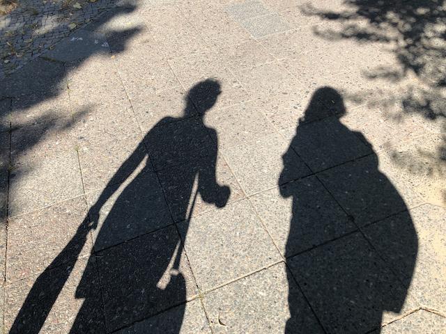 Schattenspiel, Susanne Haun (li.) und Doreen Trittel (re.), Foto by Doreen Trittel